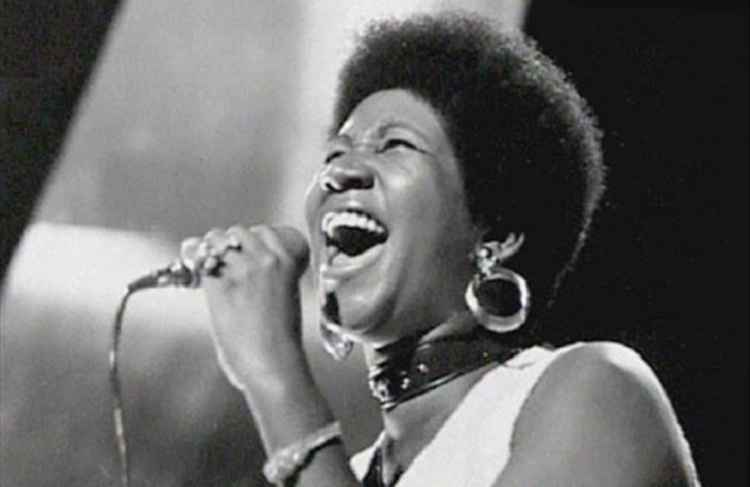 Mundo perde a 'rainha' do soul Aretha Franklin